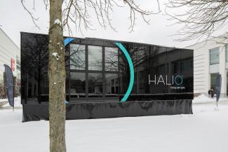 Halio Mobile Experience Room